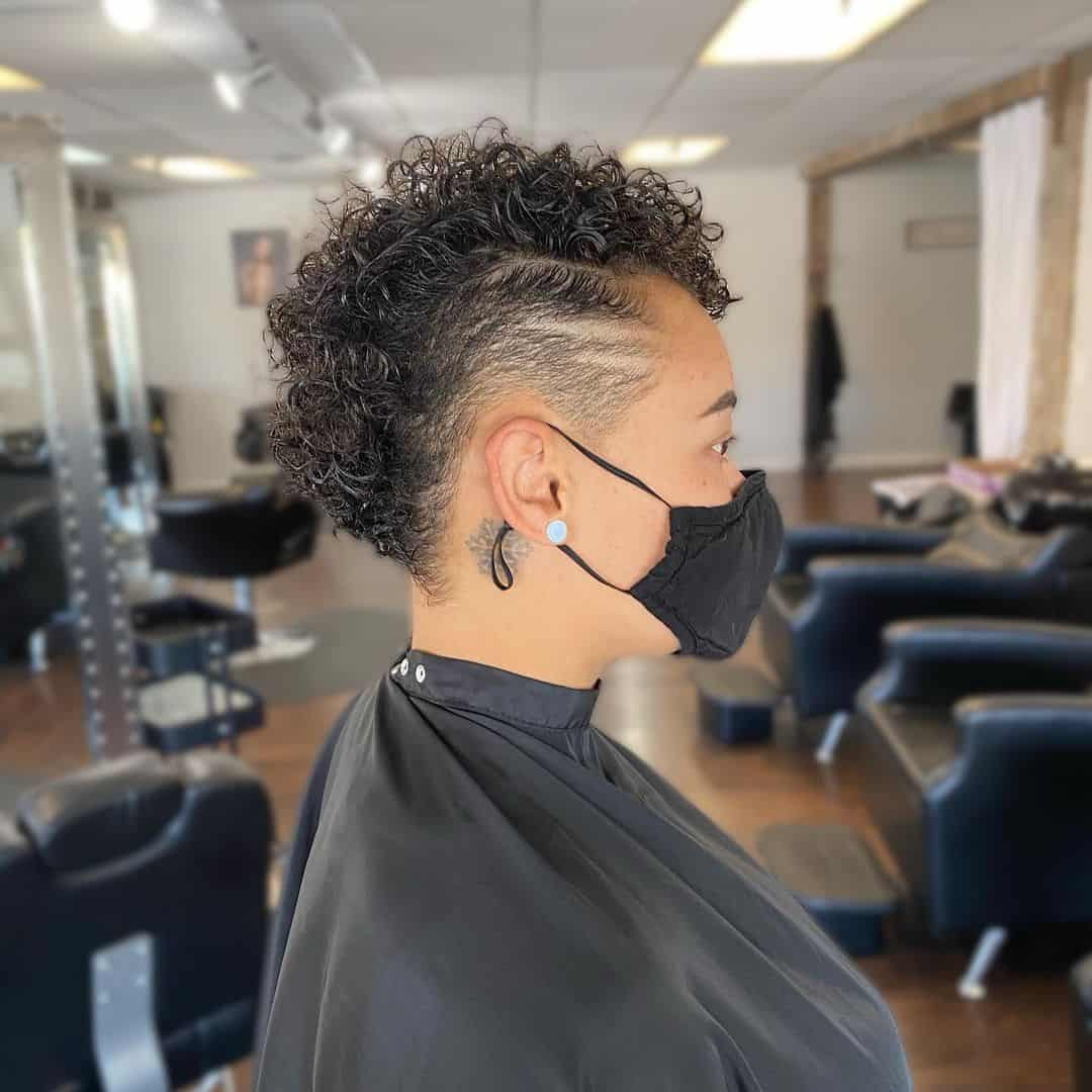 20 Gorgeous Women Mohawk That Will Blow Your Mind   Curl Hair Style
